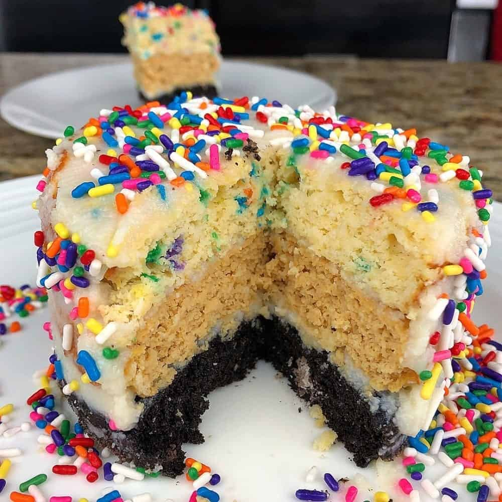 Triple Layer Protein Birthday Cake 398 Cals The Flexible Dieting